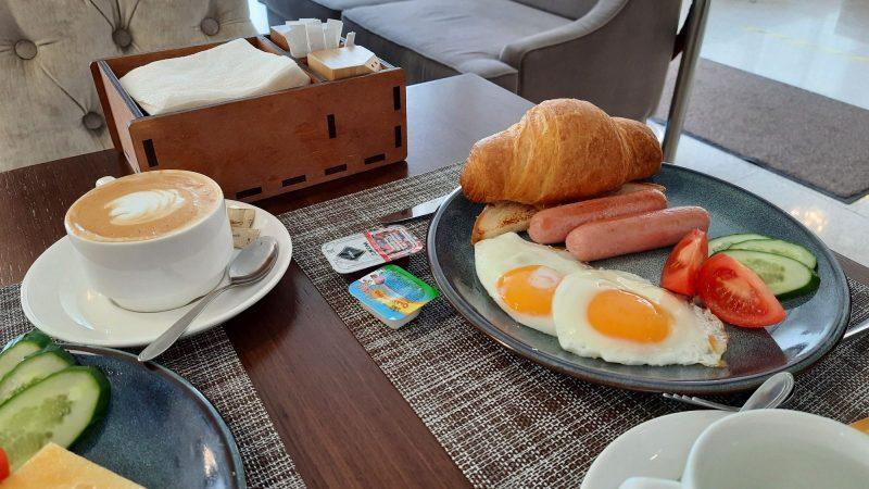 Завтрак в отеле Татаринн